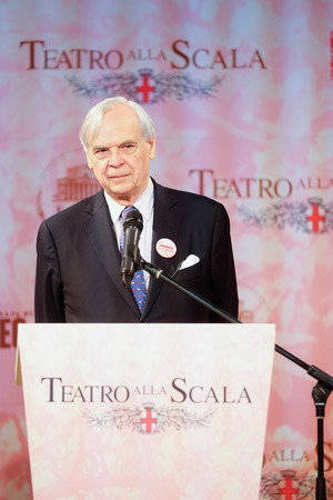 aleksander: Moscow, Russia - May, 23, 2016: artistic director of the La Scala Aleksander Pereira on the press conference devoted to tours of the La Scala theater in Moscow.