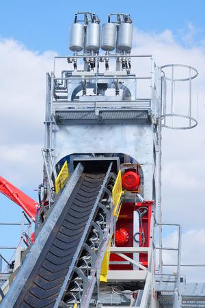 macadam: Conveyor of a cement factory