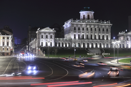 dom: Lenin library in Moscow in the night