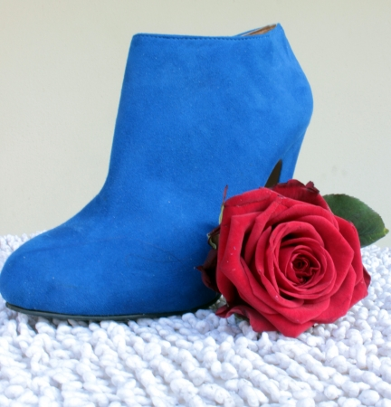 rose and shoes photo