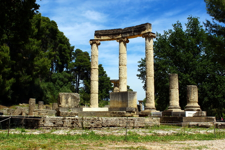 ��archeological site�: archeological site in Olympia