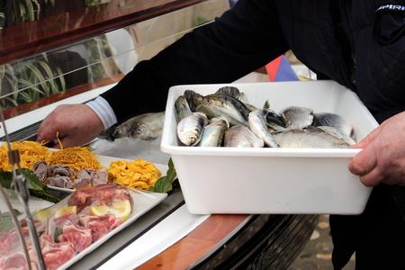 sales person: fresh fish