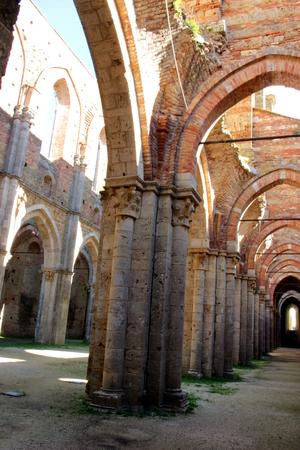 the abbey: San Galgano abbey, Italy