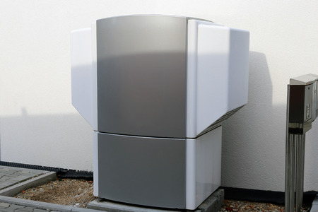 Heat pump on a residential home Banque d'images