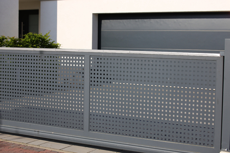 Electrical sliding gate / rolling gate 스톡 콘텐츠