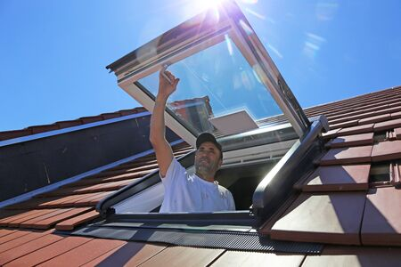 Installation and assembly of new roof windows as part of a roof covering