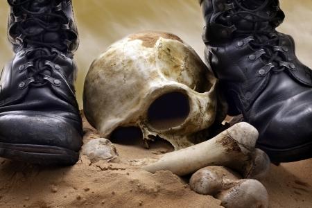 guerra: la guerra del cr�neo y los huesos Foto de archivo