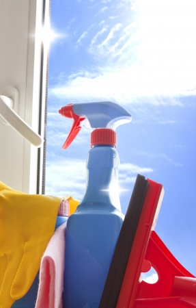 higienizar: Cleaning kit for cleaner on the window