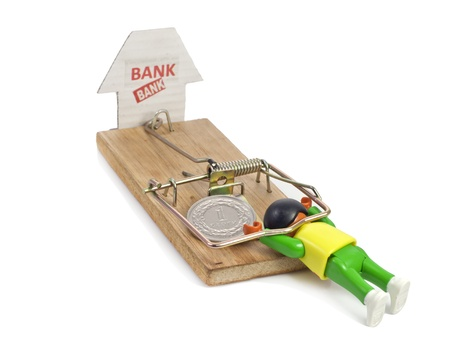 mousetrap set by the bank and polish zloty photo