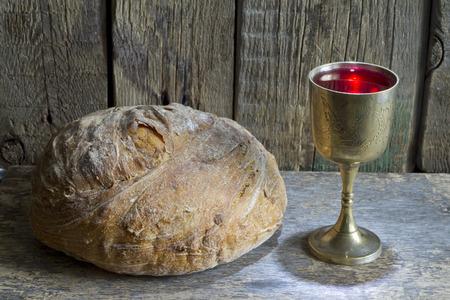 Brood en wijn heilige communie symbool teken Stockfoto