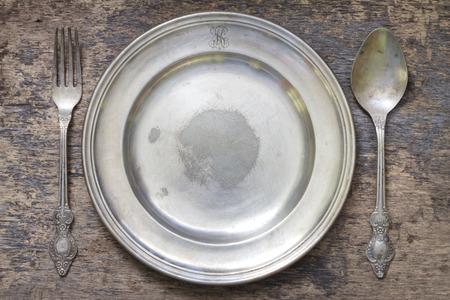 Oude vintage bestek en servies abstracte voedsel achtergrond Stockfoto