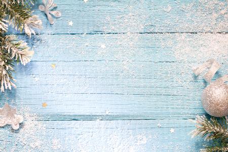 neige noel: Neige et le sapin abstrait bois bleu noël Banque d'images