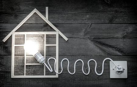 エコ木造住宅建設抽象記号のメタファー 写真素材 - 47496931