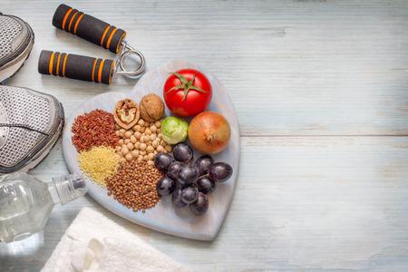 Gesunde Lebensweise Konzept mit Ernährung und Fitness