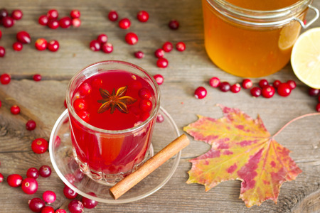 strengthen: Cranberry tea, honey and lemon products to Strengthen immunity