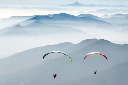 paragliding on the mountains Banco de Imagens