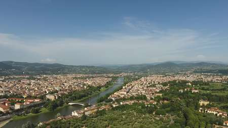 Aerial view Beautiful Cityscape of Florence with the Cathedral Santa Maria del Fiore, Florence, Tuscany, Italy Banco de Imagens