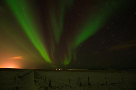 polar light: Luces polares, foto tomada en diciembre en Islandia.