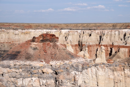 approx: The Coal Mine Canyon is located in the north of Arizona approx. 16 miles southeast from Tuba City.