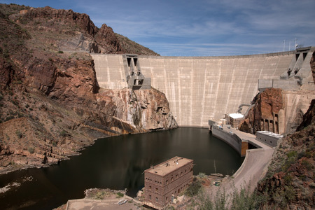 theodore roosevelt: The Theodore Roosevelt Dam is a dam on the Salt River and Tonto Creek located north east of Phoenix Arizona USA