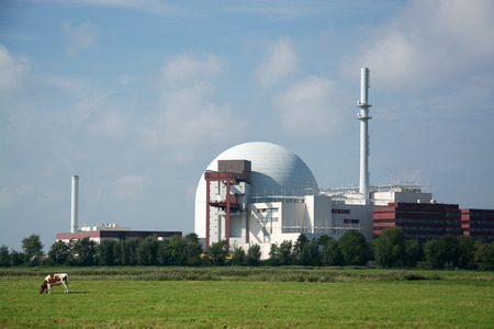 npp: NPP Brokdorf at the Elbe, Schleswig-Holstein, in the north of  Germany. Editorial