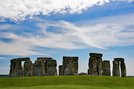 megalith: Stonehenge, stone age megaliths in Great Britain.