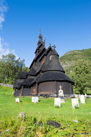 Borgund Stave Church is a stave church located in the Sogn og Fjordane county, Norway. Banque d'images