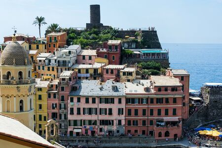 The small fishing village Vernazza is probably the most characteristic of the Cinque Terre and is classified as one of the most beautiful villages in Italy. 版權商用圖片