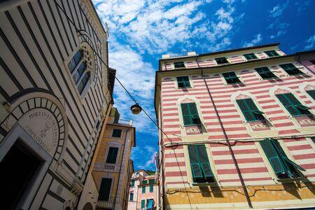 Monterosso al Mare is a town and comune in the province of La Spezia, part of the region of Liguria at the ligurian coast Riviera di Levante. It is one of the five villages in Cinque Terre. Banco de Imagens