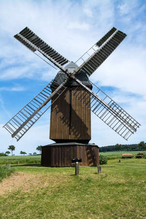 The windmill in Abbenrode is a fully functioning windmill built in the year 1880. Banque d'images