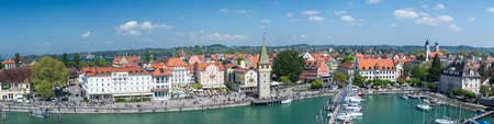Lindau is a major town and island on the eastern side of Lake Constance in Bavaria, Germany, and the historic town of Lindau is located on the sland of the same name. Publikacyjne
