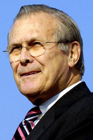 Donald Rumsfeld - * 09.07.1932: American Politician and 21th United States Secretary of Defense from 2001 to 2006. Archivio Fotografico - 117057349