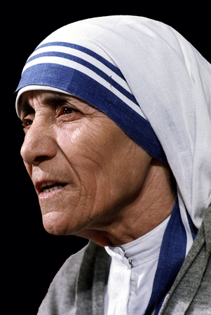 Mother Teresa - * 27.08.1910 - * 05.09.1997 - Catholic now of Albanian origin was born Agnes Gonxha Bojaxhio in todays Skopje. Redactioneel