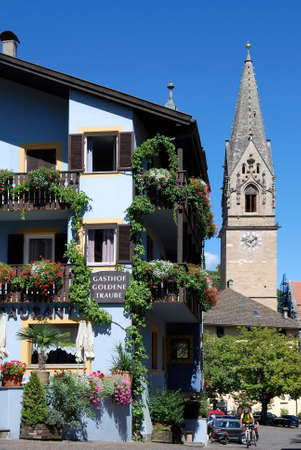 Parish church of Tramin at the South Tyrolean wine route near Bolzano - Italy. Éditoriale