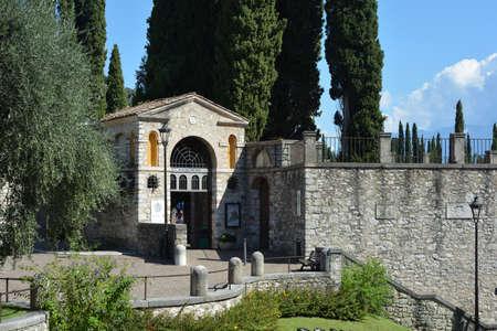 Italian Victory Monument Vittoriale degli italiani in Gardone Riviera - Italy. Standard-Bild - 167047076