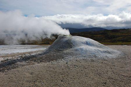 geyser uno in una zona di attivit� vulcanica in Islanda Archivio Fotografico - 3562240