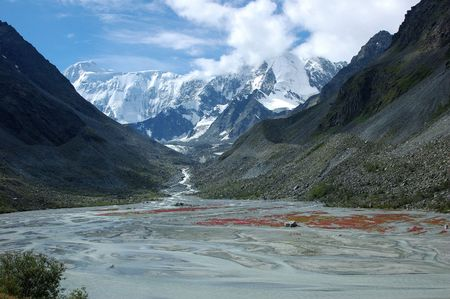 altay: Mountain peaks covered with ice in mountains of Altay
