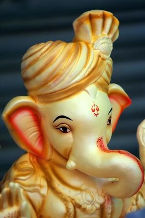 sculpture Seigneur Ganesha, Dieu de la chance Banque d'images - 18413932
