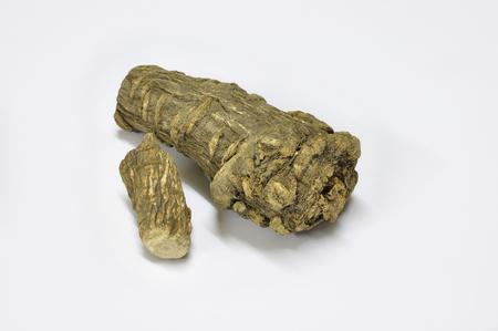 angelica sinensis: Dahurian angelica root is a key ingredient in herbal salts of Thailand.
