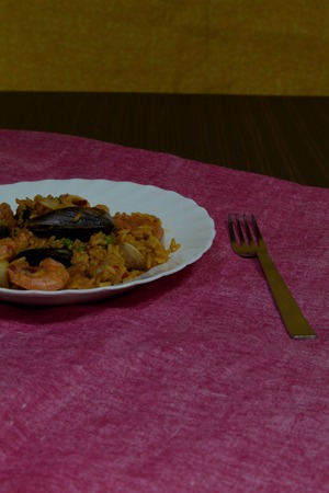 marisco: a view of a colored paella