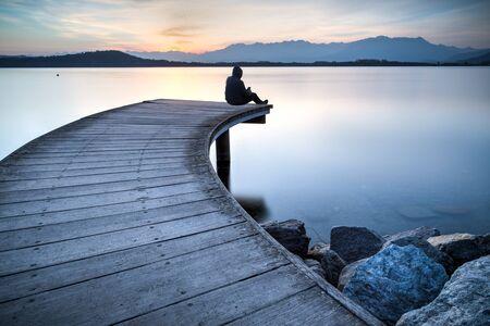 sunset lake bridge 免版税图像