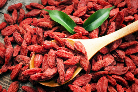 tibet bowls: dry red goji berries for a healthy diet
