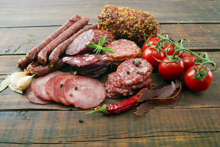 smoked sausage: Smoked sausage with rosemary and peppercorns