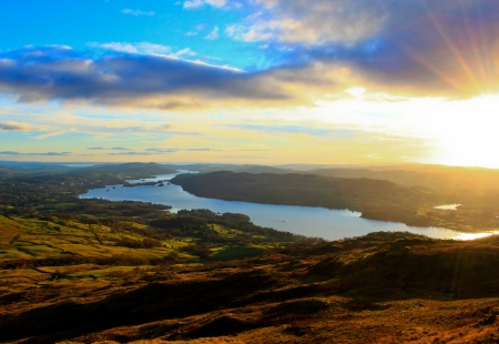Vue sur le lac Windermere dans le Lake District