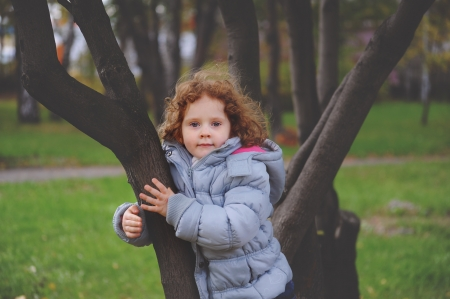 little curly girls the park