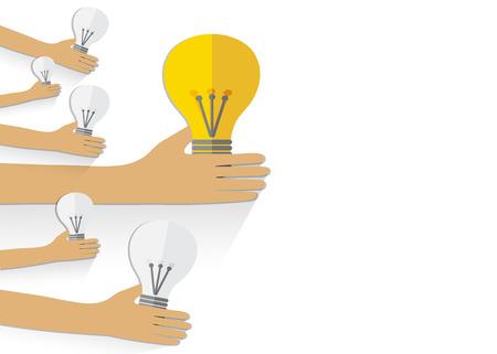 management concept: El trabajo en equipo concepto de gesti�n por manos sostienen las bombillas