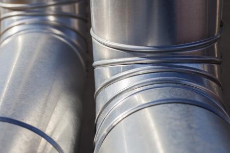 duct: Detalle de los conductos de la calefacci�n plateados