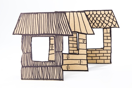 3 little pigs: Recycled cardborad made houses