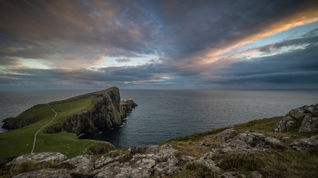 Colorful Sky at Neist Point Lighthouse, Isle of Skye, Scotland Imagens