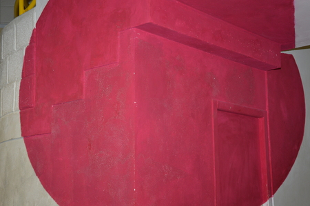 A red circle on a wall 版權商用圖片